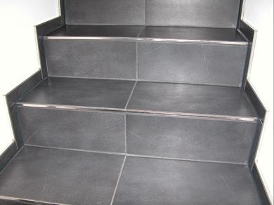 referenzen treppe fliesen kemmer die fliesen kenner. Black Bedroom Furniture Sets. Home Design Ideas